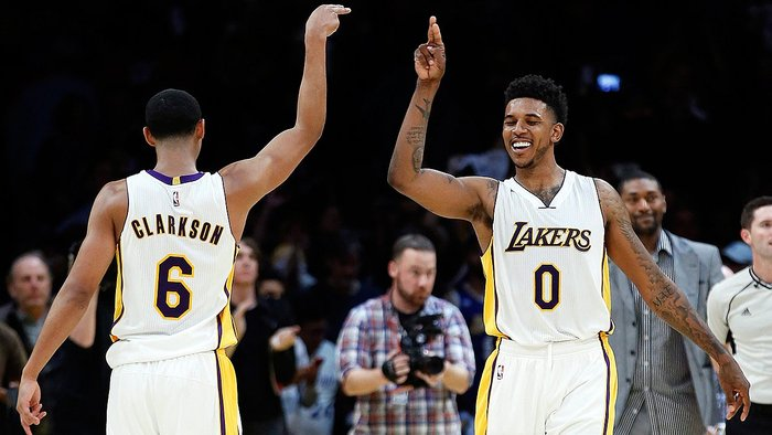 NBA: Lakers con Nick Young  vencieron 119-108 a los Suns de Phoenix