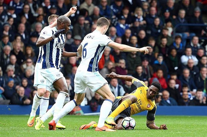 Premier League: Arsenal cae ante West Brom y se asoma al abismo