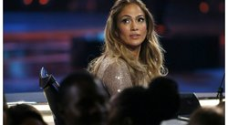 ¡OMG! ¡Cuanto brillo! Jennifer Lopez en la final de American Idol