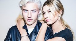 ¡La top model Hailey Baldwin y el cuero Lucky Blue Smith junto en impactantes fotos!