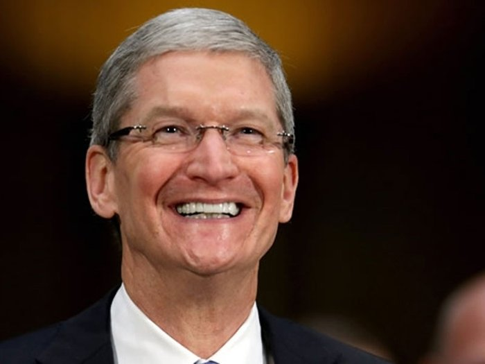 Tim Cook, director de Apple: Estoy orgulloso de ser gay