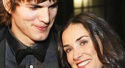 Actor Ashton Kutcher suspende sus vacaciones por Demi Moore