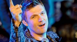 Backstreet Boys: Demandan a Nick Carter por golpear a empleado de bar