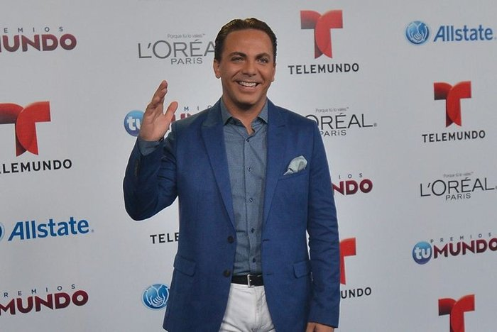 Cristian Castro: No soy gay, yo soy 'dark' [VIDEO]
