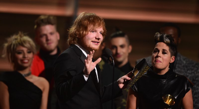 Grammy 2016: Ed Sheeran gana a la Canción del Año por 'Thinking Out Loud' [FOTOS Y VIDEO]
