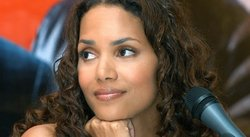 Halle Berry fue ingresada de emergencia al hospital