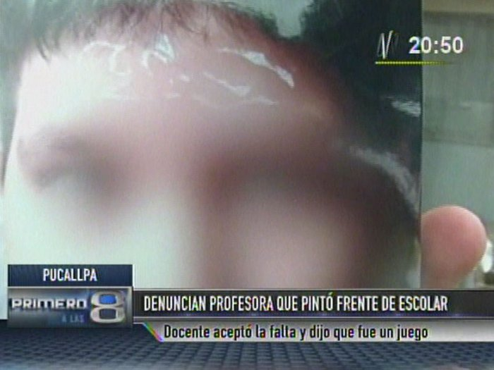 Pucallpa: Profesora es denunciada por pintar frente de escolar [VIDEO]