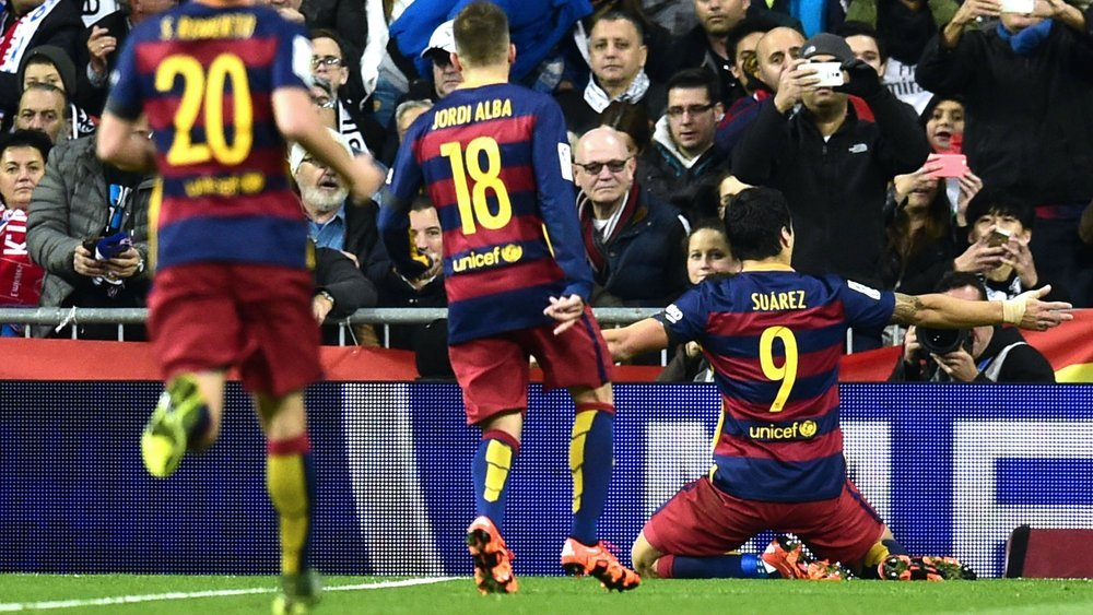 ​Real Madrid vs. Barcelona: Blaugranas humillaron 4-0 a merengues en el Bernabéu [FOTOS]