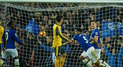 Premier League: Everton remonta y derrota 2-1 al poderoso Arsenal
