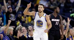 NBA: Curry dirige a Warriors en triunfo 107-95 sobre Miami Heat