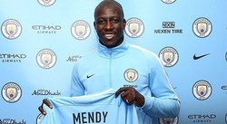 Manchesterl City de Guardiola anuncia el fichaje del defensa Benjamin Mendy [VIDEO]