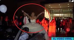 YouTube: ¡Auch! Recién casados sufren terrible accidente frente a sus invitados (VIDEO)