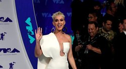 Katy Perry mete a la política en los MTV Video Music Awards (VIDEO)