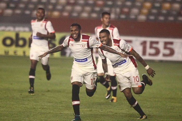 ​Torneo Clausura: Universitario derrota 2-0 a Huancayo y sigue en alza (VIDEO)