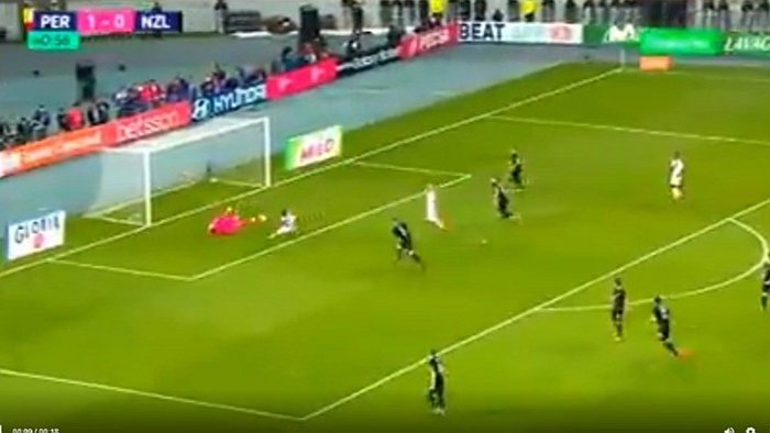 Perú vs. Nueva Zelanda: Jefferson Farfán estuvo cerca de anotar el segundo gol (VIDEO)