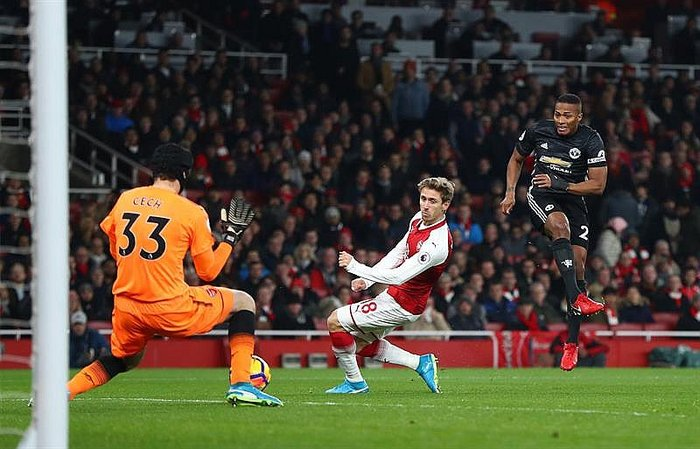 Premier League: Manchester United vence 1-3 a Arsenal en partidazo (VIDEO)