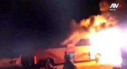 Bus se incendia en Chiclayo tras chocar contra mototaxi (VIDEO)