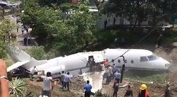 Avión se accidenta en el aeropuerto de Honduras (FOTOS Y VIDEO)
